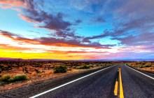 Roadview im Sonnenuntergang - USA